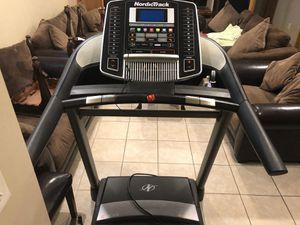 NordicTrack C900i Treadmill for Sale in Dearborn, MI