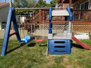 Swingset for Sale in Franklin Park, IL