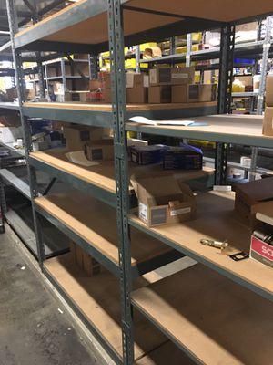 Shelves casi nuevos. Tu los escoges, tu los quitas . for Sale in Chicago, IL