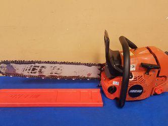 "Echo TimberWolf 22"" Bar Gas Chainsaw w/ Bar Cover (Model: CS-590) for Sale in Marietta,  GA"