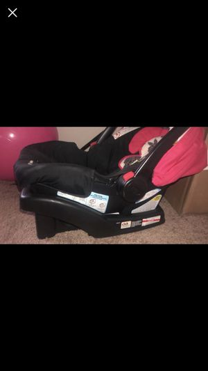 Graco car seat for Sale in Portsmouth, VA