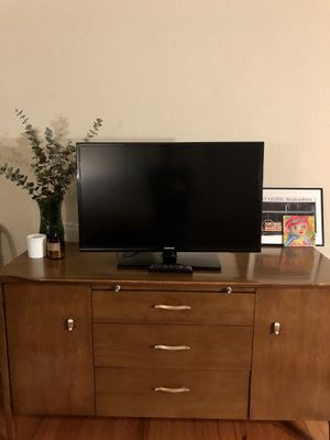 32 in. Samsung TV for Sale in San Francisco, CA