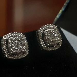 10k white gold halo earrings with genuine diamonds push for Sale in Santa Ana, CA
