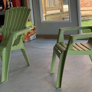 2 KIDS CHAIRS for Sale in Lincolnwood, IL