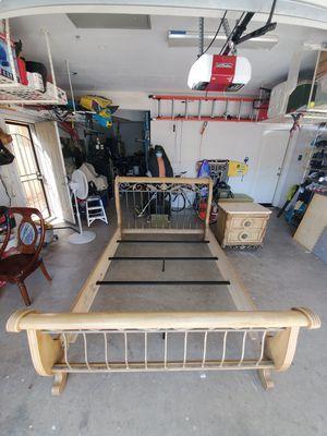 Queen Bedroom Set & Nightstand for Sale in Modesto, CA