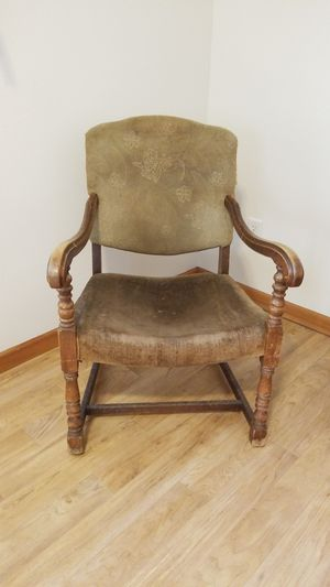 Antique chair for Sale in Vancouver, WA