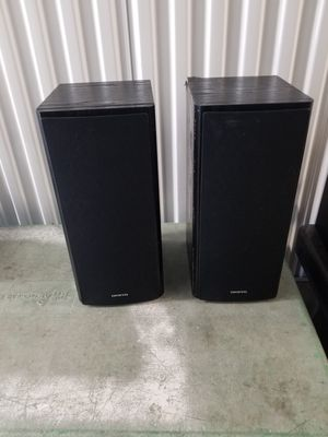 Onkyo Bookshelf Speakers (1 box is in kind of ugly shape but works fine for Sale in Hanover, MD