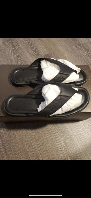 Gucci sandals for Sale in Maple Heights, OH