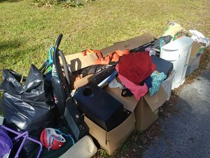 Free stuff at the curb come get it with a trailer for Sale in Brooksville, FL