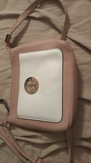Peach purse for Sale in Lauderdale Lakes, FL