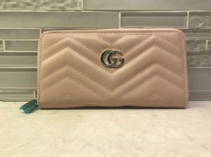 Gucci wallet for Sale in Carrollton, TX