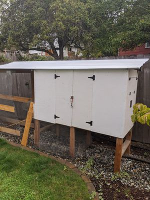 Chicken Coop and Run (Great for side yards) for Sale in Bremerton, WA