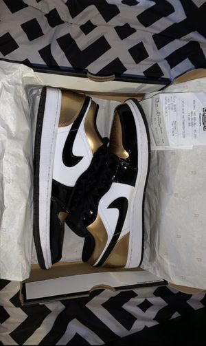 Jordan 1 low top gold toe for Sale in South Gate, CA