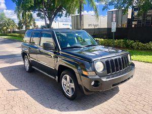 Jeep Patriot limited 2010 for Sale in Miami, FL