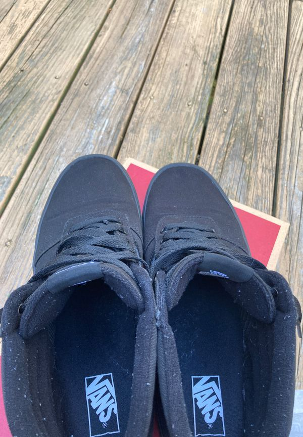 Vans size 13 , color black brand new, at a negociable price , I am bilingual