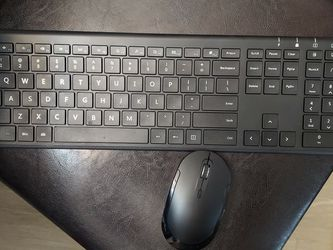 USB Keyboard With Wireless Mouse - excellent for tablets as well for Sale in Smyrna,  TN