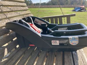 Graco Click Connect base system for Sale in Middlesex, NC