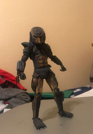 Collectable Predator Action Figure (with accessories) for Sale in Phoenix, AZ