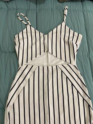 WINDSOR body on dress for Sale in Fresno, CA