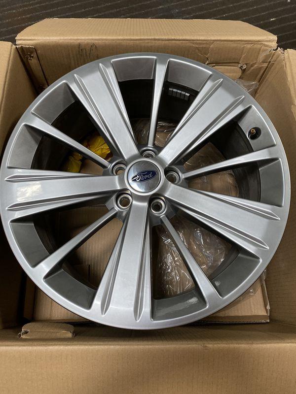 "2018 Ford Explorer Limited 20"" Inch Rims (5 lug 20x8.5)"