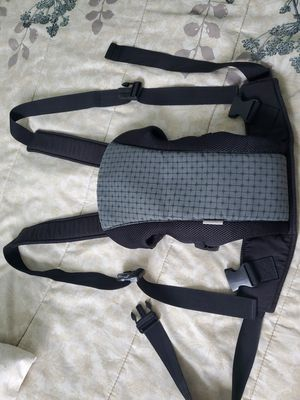 Fleurville baby carrier for Sale in Los Angeles, CA