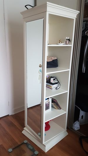 Bookshelf mirror for Sale in Alexandria, VA