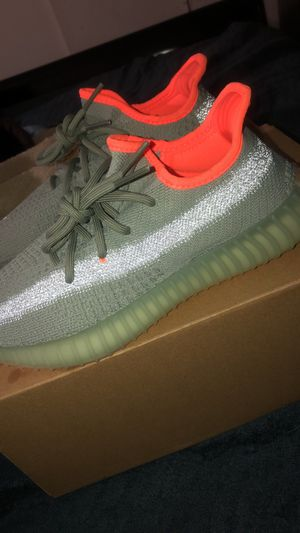 Yeezys Desert sage for Sale in Fresno, CA