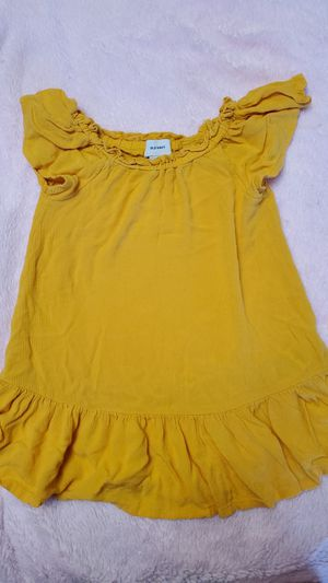 Yellow dress for Sale in Orlando, FL