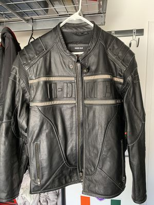 Harley Davidson Leather Jacket for Sale in Clermont, FL