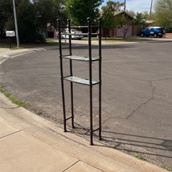 Free Shelf First Come First Serve for Sale in Tempe,  AZ