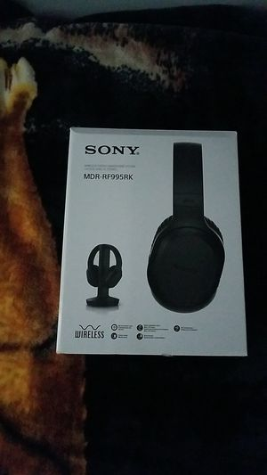 Sony wireless stereo headphone system MDR-RF995RK for Sale in Oxnard, CA