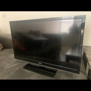 Lg 32 Inch TV for Sale in Philadelphia, PA