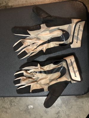 Nike baseball batting gloves for Sale in Everett, WA
