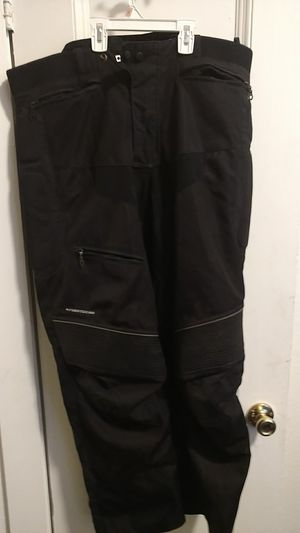 First gear. Motorcycle pants for Sale in Seattle, WA