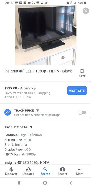 39 Inch Insignia TV With Wall Mount for Sale in Fontana, CA