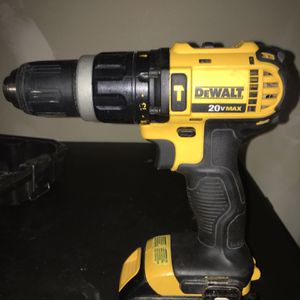 Dewalt Cordless Power Drill Kit for Sale in St. Louis, MO