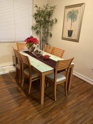 Carlos perazzi dining room table for Sale in North Miami, FL