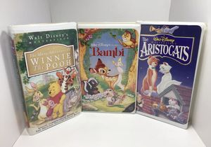 Walt Disney VHS Lot - The Aristocats, Bambi, Many Adventures of Winnie the Pooh for Sale in Cincinnati, OH