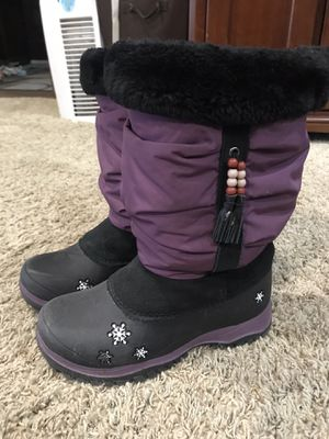 Brand new Baffin girls snow boot for Sale in Rancho Cucamonga, CA