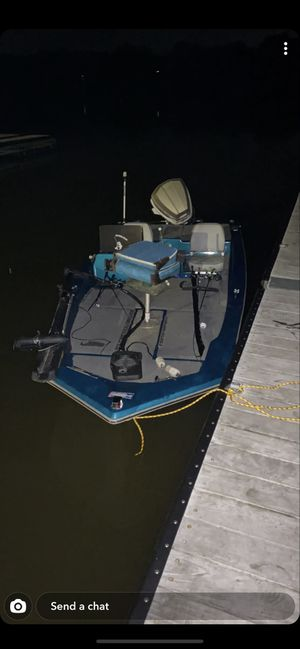 Fishing Boat 85 hp Evinrude for Sale in Alliance, OH
