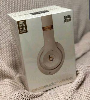 Beats Studio 3Wireless Headphones Porcelain Rose for Sale in Fresno, CA