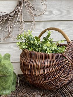Vintage Boho Wicker Rattan Bamboo Easter Flower Plant Basket Farmhouse Cottage Country MCM for Sale in Springfield,  OR