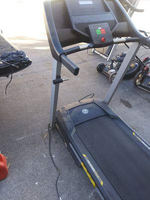 Golds gym treadmill for Sale in Tampa, FL