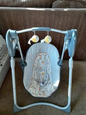 Columpio para bebe for Sale in Stockton, CA