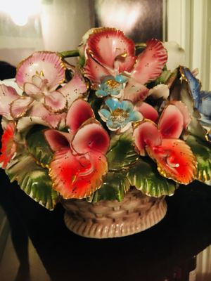 Cristal flower basket for Sale in Attleboro, MA