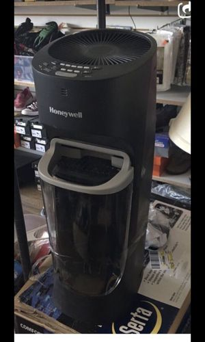 Honeywell humidifier for Sale in Chicago, IL