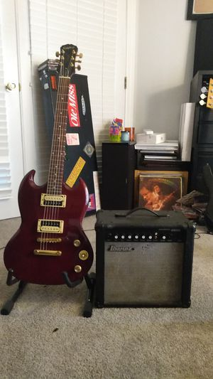 Electric guitar and amp for Sale in Carbondale, IL