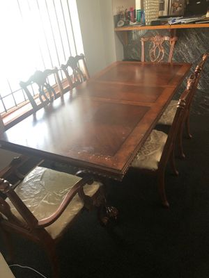 Wooden table, come with 6 chairs for Sale in Cleveland, OH