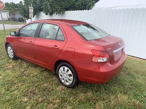 2008 Toyota Yaris *Clean Title* for Sale in Hialeah, FL