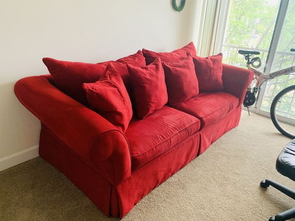 Couch in excellent condition